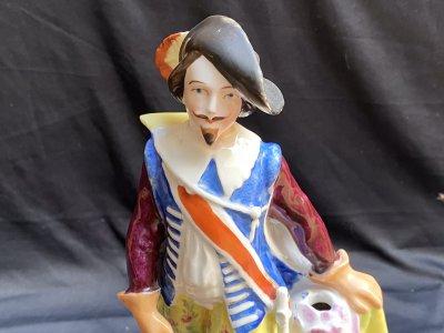 "France. Statuette ""Musketeer"""