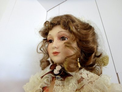 Кукла в одеждах Викторианской эпохи кукла Дева с зонтиком