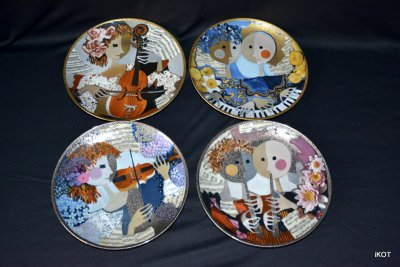 "Rosina Washtmeister Hutschenreuther Plates ""Music"""