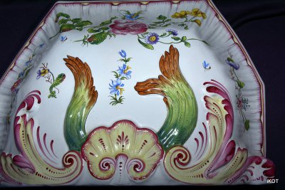 "Rouen Faience set ""Garden fountain"""