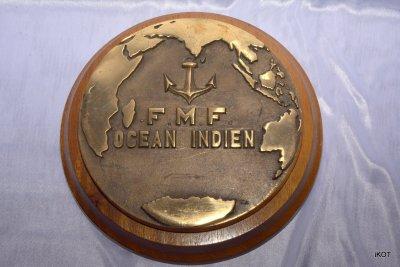 медальон сувенир французского военного корабля «F.M.F. Индийского океана»
