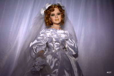 Кукла в Свадебной одежде