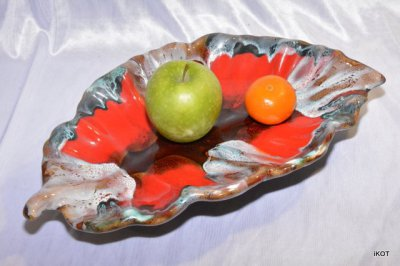 "Vallauris. Plate-tray Shell ""Red"""