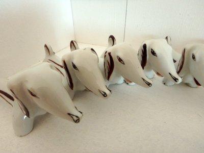 Набор керамических Подставок для ножей собакa-таксa