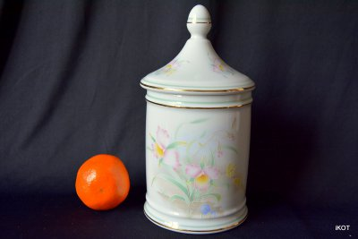 Limoges Bulk jug container Rose daffodils