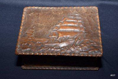 "Small box ""Flying Dutchman"""