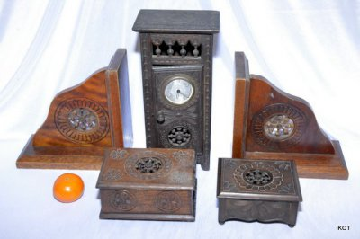 "Set of 5 wooden objects ""Breton style"""