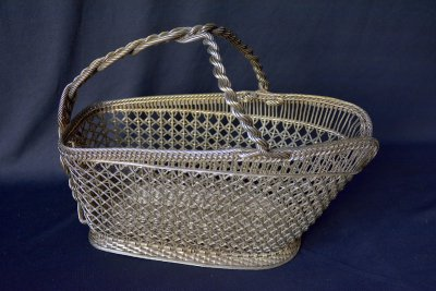 "Twisted basket for wine bottle ""Metal Lace"""