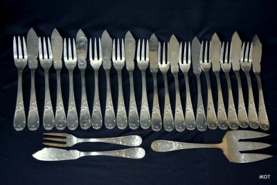 "Serving set for fish of 25 ""Rocaille"""